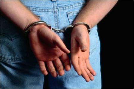 7 Handcuffs